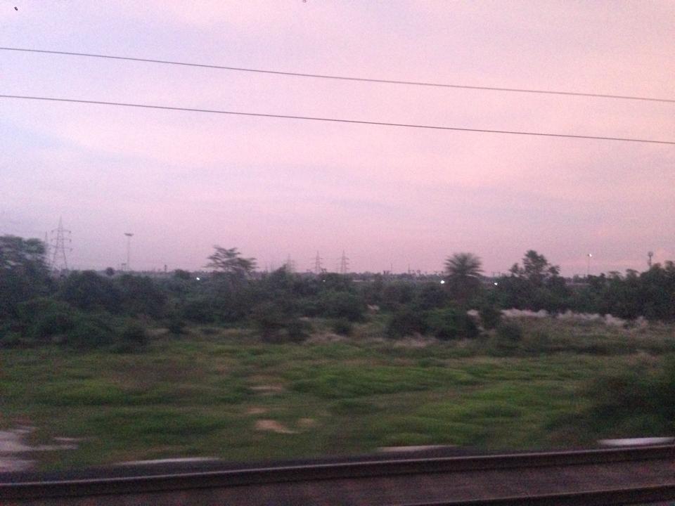 0922_寝台列車の景色